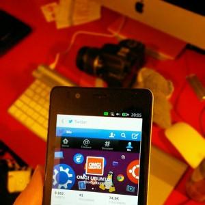 Телефон Ubuntu распродан во время первой флэш-распродажи